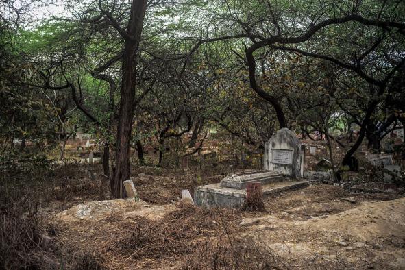 A grave In The Panj Peeran Kabristan, New Delhi